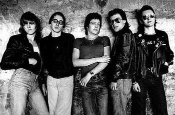 Eddie and The Hot Rods - Promo Photo (L-R: Steve Nicol, Dave Higgs, Barrie Masters, Graeme Douglas & Paul Gray)